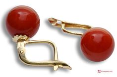 Extra Red Coral Earrings 9-9¾mm in Gold 18K m [various diameters] Orecchini Corallo rosso Extra 9-9¾mm in Oro 18K m [vari diametri] #jewelery #luxury #trend #fashion #style #italianstyle #lifestyle #gold #silver #store #collection #shop #shopping #showroom #mode #chic #love #loveit #lovely #style #beautiful #pretty #madeinitaly #bestoftheday #earrings #earringsforsale
