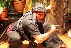 Pencak Silat Sword Poses, Minangkabau, Epic Pictures, Martial Artist, Action Poses, God Of War, Bruce Lee, Self Defense, Picture Tattoos