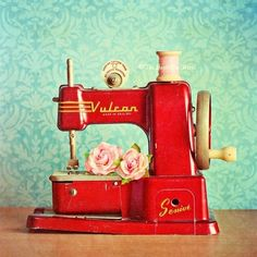 Would love to have a vintage children's sewing machine for shelf in my sewing room...