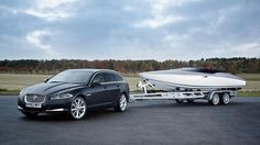 Jaguar has unveiled a new styling concept at the international driving debut of the new Jaguar XF Sportbrake, named the Concept Speedboat 2013 Jaguar, New Jaguar, Jaguar Xf, Jaguar Cars, Yacht World, Volvo Xc90, Boat Design, Speed Boats, Car Brands