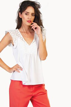 This blouse perfectly bridges the gap between smart and casual look! Body Measurements, Blouse, Casual Looks, Feminine, V Neck, Bridges, Gap, Model, How To Wear