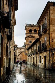 Salamanca, Castilla y León - Spain Espanha Viagem हमारी साइट पर अधिक जानकारी प्राप्त करें https://storelatina.com/espana/travelling #Испания #西班牙 #vacation #Espaina
