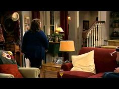 Mike & Molly : Sister talk (Victoria at her best) - I hate people that do this shit...yeah, I would need to be totally stoned, too...continue haha