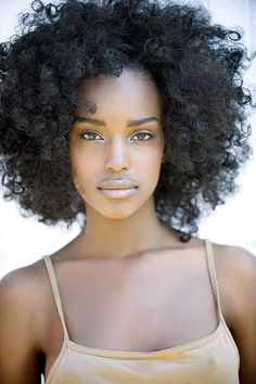 This is gorgeous. I love natural hair.
