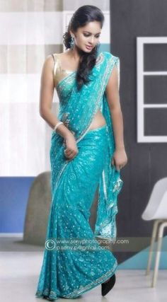 Actress Nandita Swetha Latest Pics Saree Photoshoot Stills Gallery in Hd Quality for Desktop and Mobile Wallpapers. Beautiful Girl Indian, Most Beautiful Indian Actress, Beautiful Saree, Beautiful Models, Indian Dresses, Indian Outfits, Moda Indiana, Saree Photoshoot, Photoshoot Images