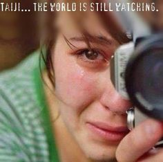 Young woman crying while taking a photo - female - people - tears - camera - character inspiration - emotions - fear - emotion - feel Story Inspiration, Writing Inspiration, Character Inspiration, Powerful Images, Animal Rights, Beautiful People, It Hurts, In This Moment, Poses