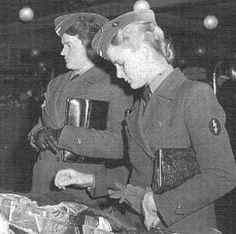 helferinnen   Luftwaffe Helferinnen