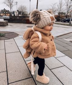 Pin by Isabelscheuermann on Baby Baby boy outfits Baby winter Winter baby clothes baby boy clothes isabelscheuermann outfits pin winter So Cute Baby, Cute Babies, Baby Kids, Baby Baby, Cute Children, Cutest Babies Ever, Children Style, Chubby Babies, 19 Kids
