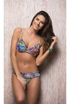 c39d887a0 492 melhores imagens de Beachwear