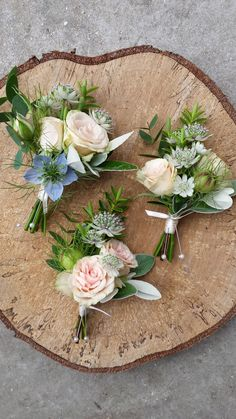 Delicate spray rose buttonholes Florist in the Forest