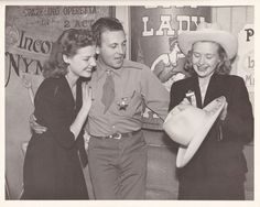 Ann Sheridan - from the Dodge City promotional tour - with Allan Jones and Priscilla Lane.