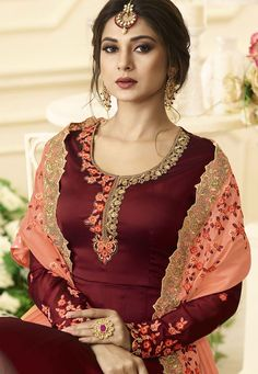 Jennifer Winget Maroon Art Silk Anarkali Salwar Suit You are sure to make a strong fashion statement with this Jennifer Winget maroon art silk and Designer Party Wear Dresses, Kurti Designs Party Wear, Kurta Designs, Embroidery Suits Punjabi, Embroidery Suits Design, Designer Punjabi Suits, Indian Designer Wear, Designer Anarkali, Boutique Suits