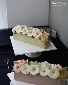 """좋아요 72개, 댓글 1개 - Instagram의 홍대 플라워케이크 클래스 Flowercake Class(@vivi_cake_)님: """"아직 못올린 후기들이 많아요- 어느날 만든 센터피스st 말차 케이크입니다- Made by_Students. Buttercream flowercake class. . .…"""""""