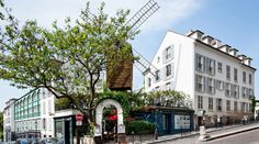 restaurant le moulin de la galette in montmartre, paris France Europe, Paris France, Paris Restaurants, Great Restaurants, Pack Up And Go, Grand Paris, Van Gogh, Town And Country, Le Moulin