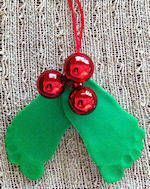 baby's footprint to make a fun Christmas gift -- baby mistletoe and holley