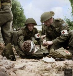 Colourised images from WWII