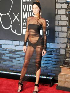 Erin Wasson at the MTV VMA awards wearing Alexandre Vauthier.