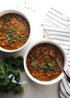 Instant Pot Sausage and Lentil Stew has a lightly smokey, savory, flavor with a hint of spice is rich in taste and extremely filling. Prep your ingredients and toss them all into the Instant Pot and you're well on your way to an amazing dinner. Healthy Soup Recipes, Easy Chicken Recipes, Easy Dinner Recipes, Delicious Recipes, Skinny Recipes, Yummy Food, Instant Pot Pressure Cooker, Pressure Cooker Recipes, Lentil Stew