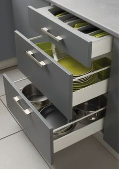 tiroir de rangement pour ustensiles de cuisine deco cuisine pinterest tiroir de rangement. Black Bedroom Furniture Sets. Home Design Ideas
