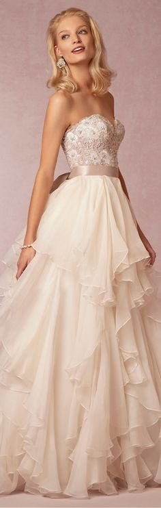 Maelin Wedding Dress - 2 peices (corset and skirt)