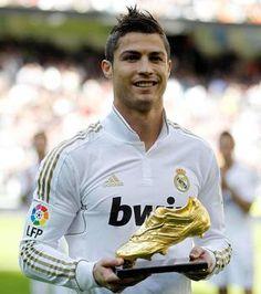 Vote Top 20 Handsome Football Players - Cristiano Ronaldo