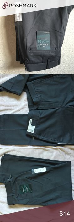 32 x 32 dress pants no iron grey slacks pleat Haggar brand casual dress slacks NWT but have minor blemish as shown in last photo. Great for golfing pants. Haggar Pants Chinos & Khakis