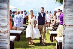 Short wedding dress for a casual island wedding on Grand Cayman by » Creativent Cayman