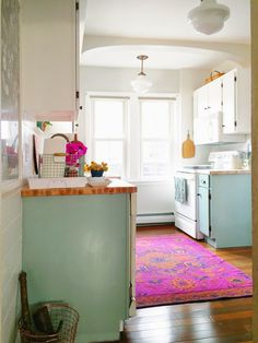 Trying to figure out if I can do a pink mint and yellow kitchen and it still go…