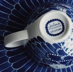 Blue and white tableware. Selma collection by Emma von Brömssen for the Swedish brand Götefors Porslin.