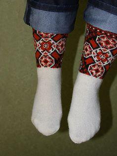 Ravelry: toopink's Muhu kapetad socks