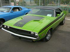 Dodge Challenger 71