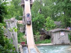 American Plunge~Silver Dollar City, Branson, MO Just took my son on this for his first time, last Thursday! He loved it! I like that you can still see the remnants of the old Float Trip ride that it replaced. We rode that when I was his age. Great Places, Places Ive Been, Beautiful Places, Vacation Ideas, Vacation Spots, My Adventure Book, Silver Dollar City, Float Trip, Branson Missouri