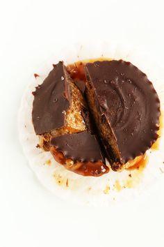CARAMEL ALMOND BUTTER CUPS! MINIMALISTBAKER.COM #vegan #chocolate #dessert #minimalistbaker