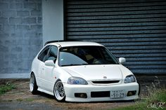 If I could get my car to look like this I'd cry. Lol