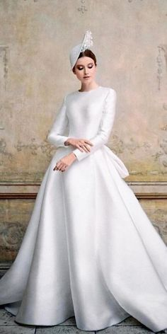 21 Modest Wedding Dresses With Sleeves ? modest wedding dresses with sleeves gown simple reemacra ? : 21 Modest Wedding Dresses With Sleeves ? modest wedding dresses with sleeves gown simple reemacra ? Fairy Wedding Dress, V Neck Wedding Dress, Luxury Wedding Dress, Boho Wedding, Unusual Dresses, Simple Dresses, Bridal Gowns, Wedding Gowns, Modest Wedding Dresses With Sleeves