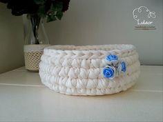 crochet round basket t-shirt yarn basket by Lulaor on Etsy