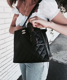 Shared by farida. Find images and videos about fashion, style and tumblr on We Heart It - the app to get lost in what you love.