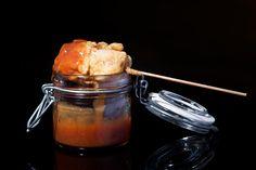 Brocheta de Atún Rojo de Almadraba en tempura en Restaurante Antonio de Zahara de los Atunes.