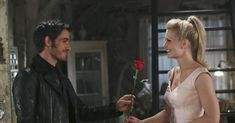 Hook And Emma Gifs From 'OUAT' To Restore Your Faith In Love