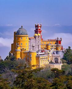 Isn't this palace fun to see? You are looking at the Pena Palace in #Sintra #Portugal. If you visit this palace please take the walk in the garden. It gives you this view and is way less crowded!  Check out all photos  Follow at Facebook link in bio! Check out my YouTube Channel for photography vlogs!  #zoomnl #kelbyone #TheBestDestinations #LiveTravelChannel #Majestic_Earth_ #CanonNederland #theimaged #globalcapture #ig_underground #sintraportugal #penadepalace #portuguese…