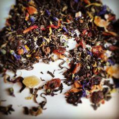 #té rojo Colores de Gauguin, con aromas de piña, melocotón.. pétalos de flores. Alegre y delicado. #puerh #sabor