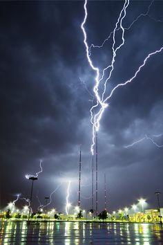 TV Tower Lightning                                                                                                                                                                                 Mais