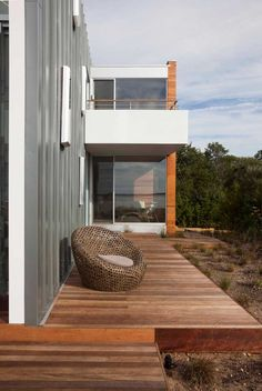 Naiztat + Ham Architects Peconic Bay House