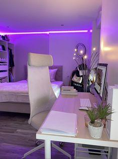 Room Design Bedroom, Room Ideas Bedroom, Bedroom Decor For Teen Girls, Cozy Room, Aesthetic Bedroom, Dream Rooms, My New Room, House Rooms, Room Inspiration