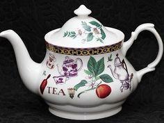 ROY KIRKHAM TEA Fine Bone China 4 Cups Round Teapot