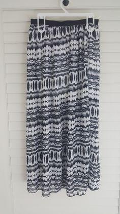 Black and White Chiffon Lining Open Split Skirt Beach