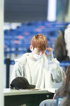 He looks so comfy in his clothes  I just wanna hide in his sweater >.< #Baekhyun