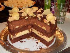 Když jsem dala na Instagram a Facebook fotku moderní verze Kubánské dortu, měla úplně neuvěřitelný ohlas. Během jeho pečení jsem sice stihla udělat nějaké postupové fotky, nicméně před odevzdáním jsem Tiramisu, Cake, Ethnic Recipes, Blog, Facebook, Instagram, Kuchen, Blogging, Tiramisu Cake