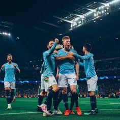 David Beckham, Manchester City, Best Football Skills, Messi And Ronaldo, Zen, Uefa Champions League, Soccer Ball, Premier League, Instagram