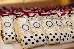 How sweet it is... :  black red white Favor - White Cheddar Popcorn